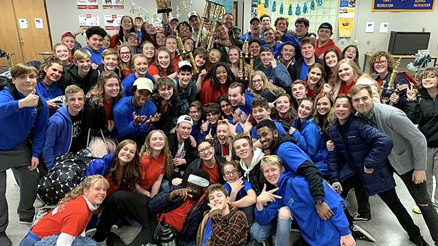 ''NHS Singers'' from Noblesvile High School sweep Twin Lakes in their first competition of the season